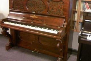 スタインウェイ ブードワー・ピアノ