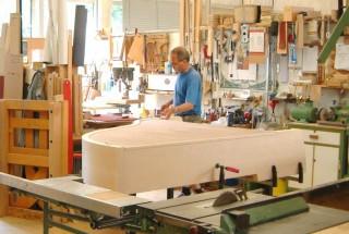 「BECHSTEI・ナウ」その17 仕上げ木工