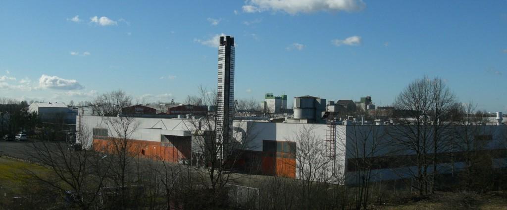 グロトリアン工場 鍵盤煙突