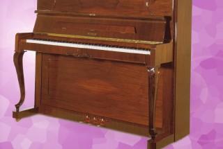 Q.1 ペトロフのアップライトピアノを考えております。 輸入ピアノ