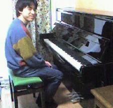 ベヒシュタイン  バランス116 輸入ピアノ BECHSTEIN