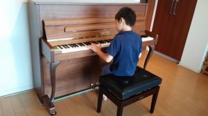 SAUTER  114carus の納品に行った。小さなピアニスト シリーズ5