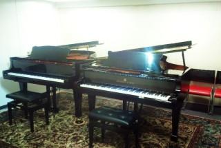 スタジオAが2台ピアノになりました。