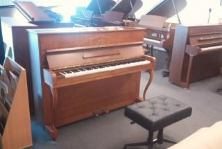 ベヒシュタイン12b(12n)とベヒシュタインclassic118、それぞれのピアノ 輸入ピアノBECHSTEIN