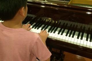 ベヒシュタインB175 の調律に行った。小さなピアニスト シリーズ11