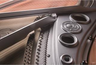■輸入ピアノ ベヒシュタイン設計・製造のホフマン ラインナップ -3