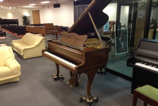 STEINWAY&SONS S-155  Chippen !下取り品入荷しました
