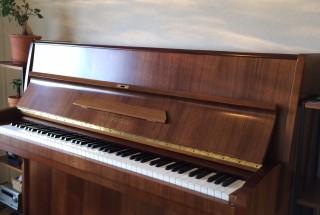 ベヒシュタイン 12nの納入調律に行った。 輸入ピアノ BECHSTEIN