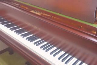 ベヒシュタイン Lの納品に行った。 輸入ピアノ BECHSTEIN