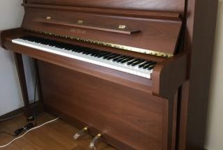 グロトリアン コントアの納品に行きました。  輸入ピアノ GROTRIAN