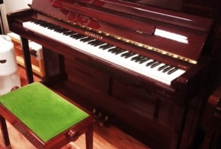 ベヒシュタイン B116(A3) とてもきれいな2011年製 入荷しました。 輸入ピアノ BECHSTEIN