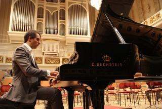 サリーム・アシュカール(Pianist) -3 輸入ピアノ BECHSTEIN