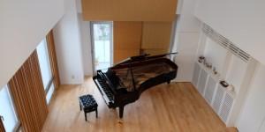 月瀬ホールにグロトリアン コンサートロイヤルが納品されました。