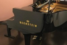 ベヒシュタイン  プレミアムB160の納入調律に行きました。