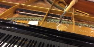 4台ピアノのコンサートがあるそうで・・・